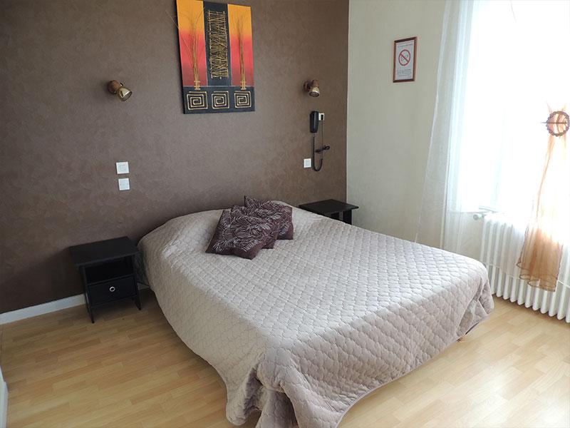 Gue De Gênes Hotel En Mayenne Img1 (2) 33